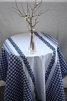 Úžitkový textil - Obrus. Rustikálny vidiecky s ľudovým ornamentom v modrej farbe. - 13116065_