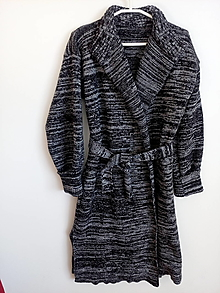 Kabáty - Pletený kabátik - 13113105_