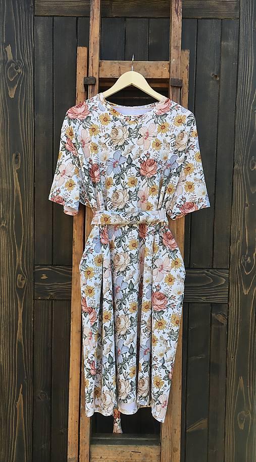 Šaty - Kvetinové šaty - 13114541_