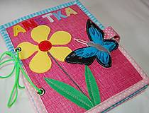 Hračky - Predná a zadná - motýľ - 13113126_
