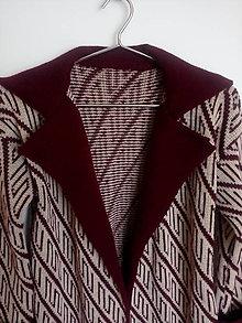 Kabáty - Pletený kabátik - 13117203_
