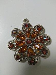 Iné šperky - Kovová ozdoba - prívesok - Kvet - 13122335_
