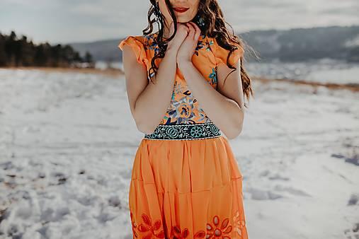 oranžové šifónové šaty Očovianka