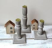 Svietidlá a sviečky - Drevené svietniky-sada 3 kusy - 13119473_