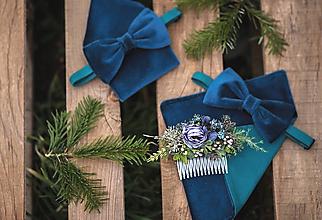 Ozdoby do vlasov - Modrý kvetinový hrebienok do vlasov - 13126118_