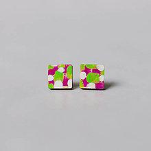 Náušnice - mini štvorce ~ napichovačky (ružovozelené) - 13125970_