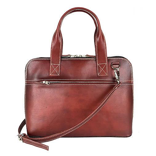 Na notebook - Kožená taška na notebook alebo dokumenty A4 v bordovej farbe, ručne tieňovaná - 13125432_