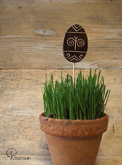 Dekorácie - Veľkonočné vyrezávané vajíčko - Čičmany - 13122531_