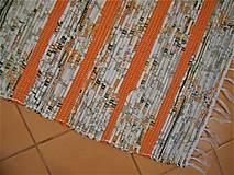 Úžitkový textil - Tkaný koberec bielo-zeleno-oranžový - 13122564_