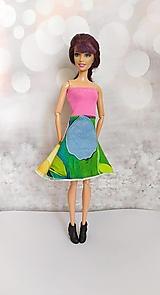 Hračky - Magenta farebné šaty s čínskym vzorom pre Barbie. - 13129614_