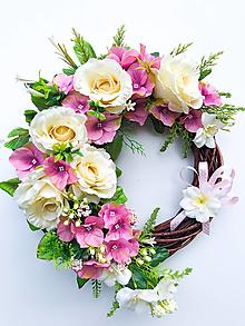 Dekorácie - Veniec rozkvitnutá záhrada - 13131083_