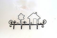 """Nábytok - Vešiak """"Náš dom"""" * 18 cm - 13128425_"""