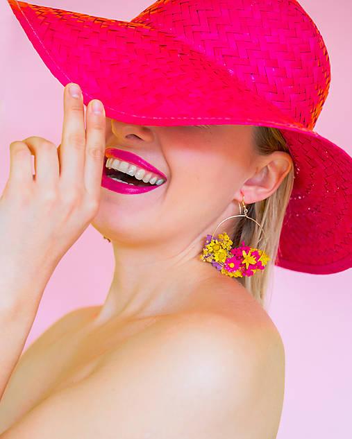 """Kvetinové kruhové náušnice """"tvoje úsmevy"""""""