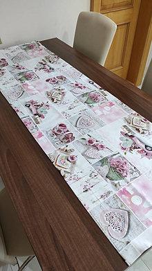 Úžitkový textil - obrus-love-digitálný tisk 3D - 13149420_