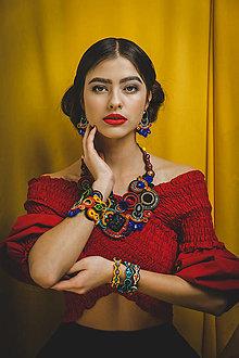 Náhrdelníky - Šujtášový farebný náhrdelník Frida - 13151137_