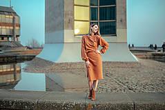 Šaty - Škoricový set – mikina a sukňa - 13148258_
