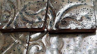 Dekorácie - Keramika, Kachličky Malaga hnědá kov - 13152696_
