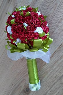 Kytice pre nevestu - Kytica ruží zo stúh - 13154831_