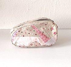 Taštičky - Kozmetická taštička s patchworkom béžová - 13163382_
