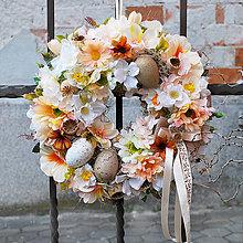 Dekorácie - Veniec na dvere jarný , veľkonočný, pastelový, marhuľový, oranžový, s vajíčkami - 13174465_