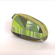 Taštičky - Kozmetická taštička s patchworkom zelená - 13171331_