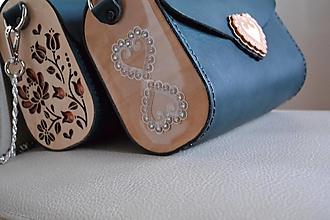 Kabelky - Kožená kabelka Zuzička (Smaragdovozelená pigmentovaná koža) - 13171602_