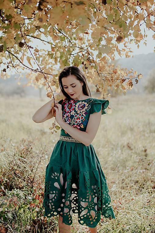 zelené ľanové šaty Poľana