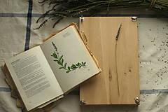 - Lis na byliny, kvety a listy - 13177282_