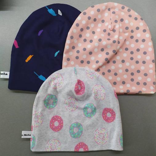 Detská čiapka pre dievča aj chlapca rôzne farby (43 cm bodky na ružovej)
