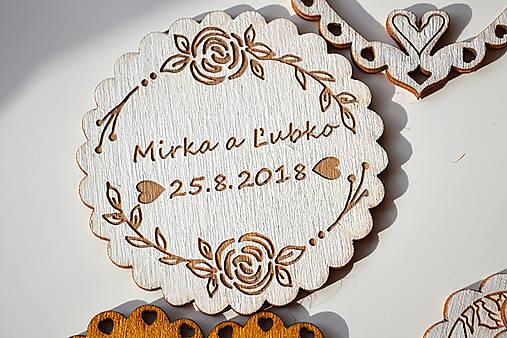 Svadobná drevená magnetka (kruh ruže biela)