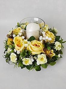 Dekorácie - Romanticky svietnik s ruzami - 13194205_
