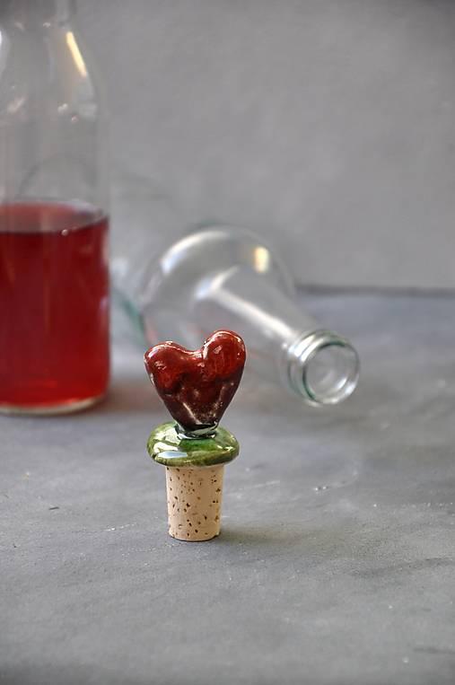 zátka srdce červené  (Červená-kovová)