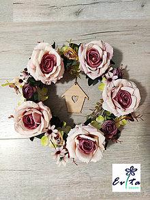 Dekorácie - Veniec Ruže - 13193127_