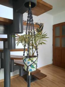 Dekorácie - Macrame držiak na kvetináč - 13196324_