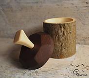 Krabičky - Drobná lipová krabička s jasanovým víčkem - 13195067_