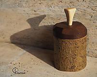 Krabičky - Drobná lipová krabička s jasanovým víčkem - 13195075_