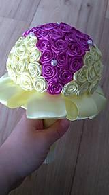 Žlto fialová saténová kytička