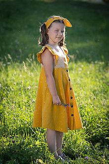Detské oblečenie - Dievčenské šaty s háčkovaným živôtikom (Púpava) - 13198528_