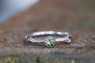 Prstene - ZÁKAZKA Vetvičkový s brúseným olivínom - 13200688_
