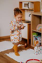 Detské oblečenie - Dievčenské mikinové šaty - 13201543_