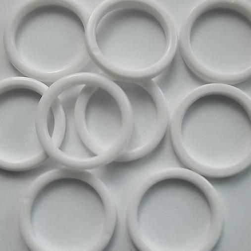 Plastový krúžok 16mm-1ks