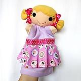 Maňuška dievčatko (v ružovej sukničke so zvieratkami)