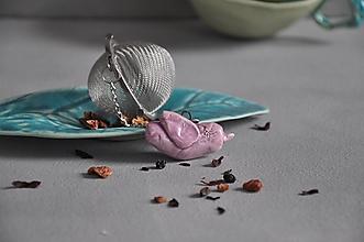 Nádoby - sitko na čaj vtáčik v ružovej farbe - 13205191_