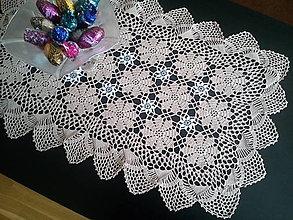 Úžitkový textil - háčkovaný obrúsok kvetinkový - 13208745_