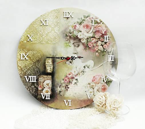 Vintage nástenné hodiny