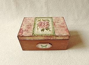 Krabičky - Drevená krabička Ružová pivónia - 13217730_