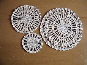 Dekorácie - Háčkované dečky maslové 1 sada 3 kusy - 13215473_