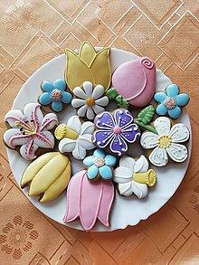 Dekorácie - Medovníkové kvety - 13221564_