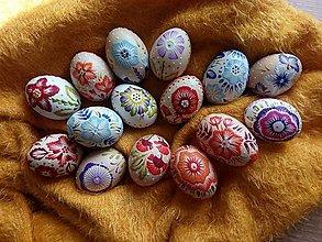 Dekorácie - Prichádza jar- veselé kvetinové kraslice - 13220808_