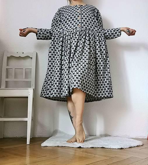 Ľanové šaty